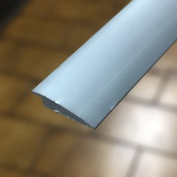 Terminale Alluminio argento sp 2,5 mm x lungh 2700 mm