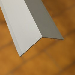 Angolare 30x30x1 mm 3000 alluminio anodizzato argento senza fori
